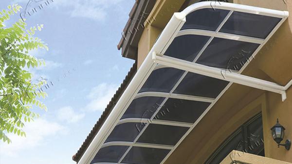 富诺尼华浅析安装别墅雨棚带来哪些便利
