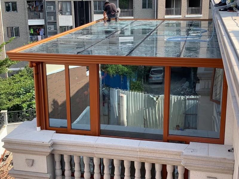 平顶铝合金阳光房安装案例